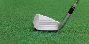 2 iron golf club